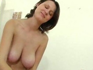 mature cutie with large pantoons gives a cook