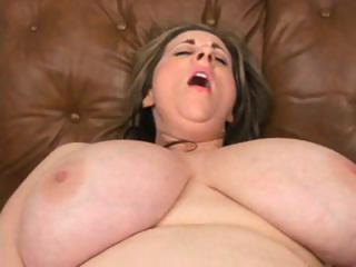 plump blonde milf with a pair of big droopy love