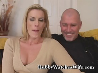 Cougar Momma Finds Young Man To Fuck