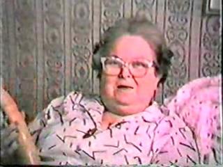 gisele 108 ans grosse salope avec son gode