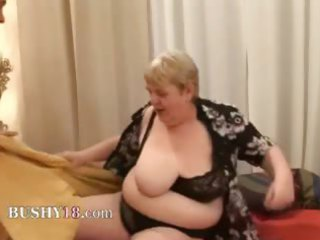 banging a bulky old hairy granny