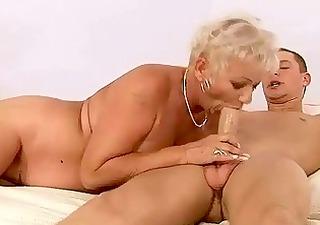 chap bonks bulky grandma