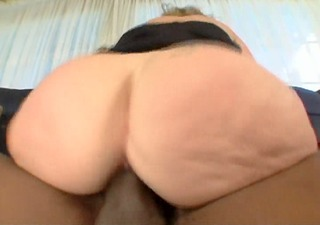 scared milf with chunky ass receives bbc for the