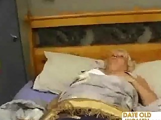 fat aged fucks the massage lad