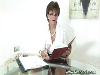 cheating wife in tiny petticoat with nylons sucks
