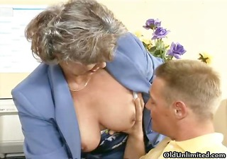 smutty old woman getting her hairy pussy